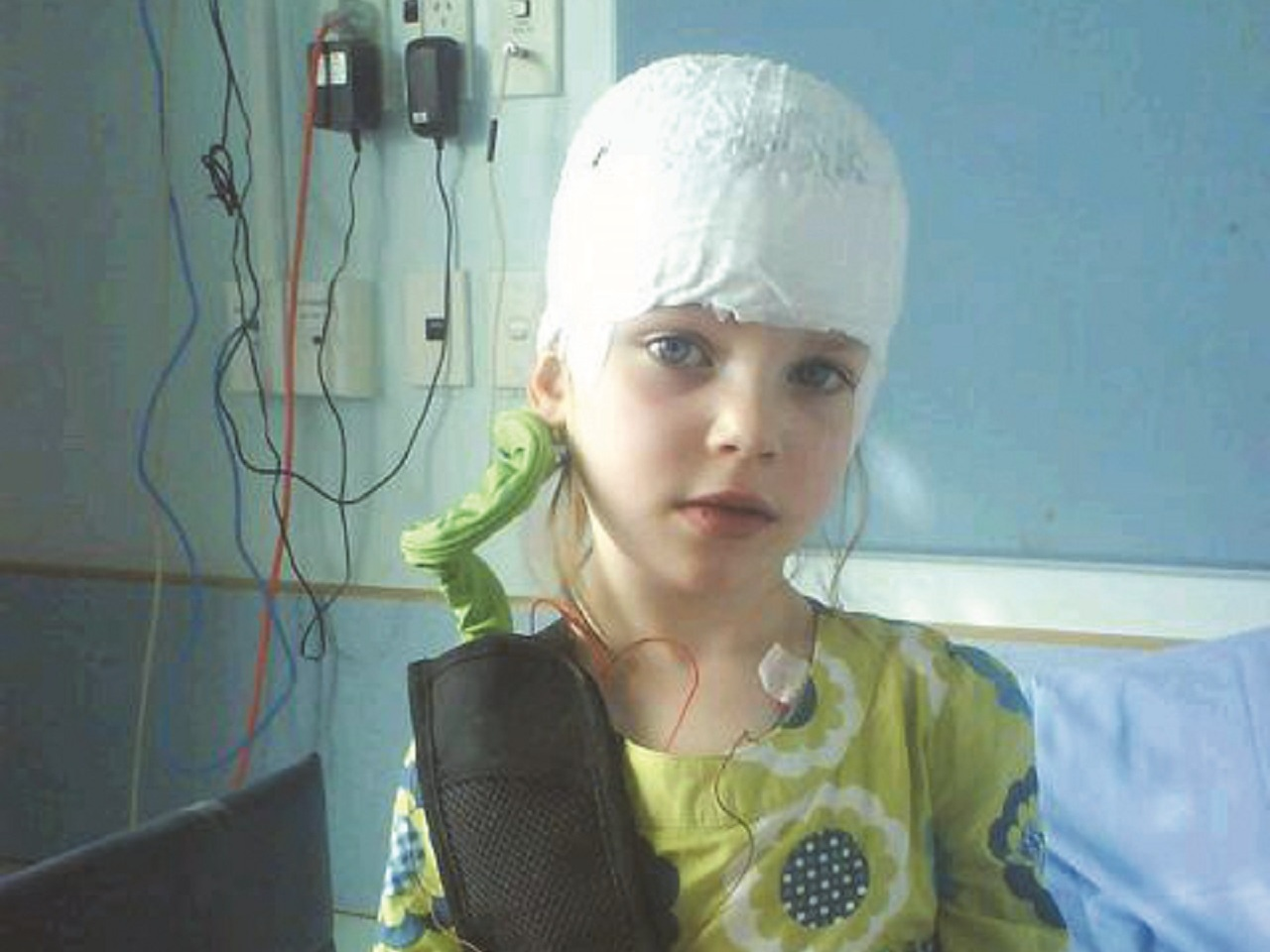 Starship neurosurgery patient, Mia Rennie